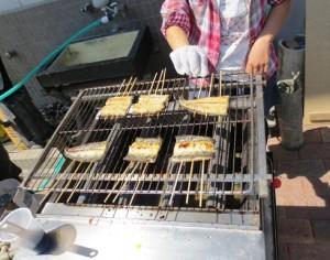 うなぎ蒲焼体験 写真提供:新居町商工会