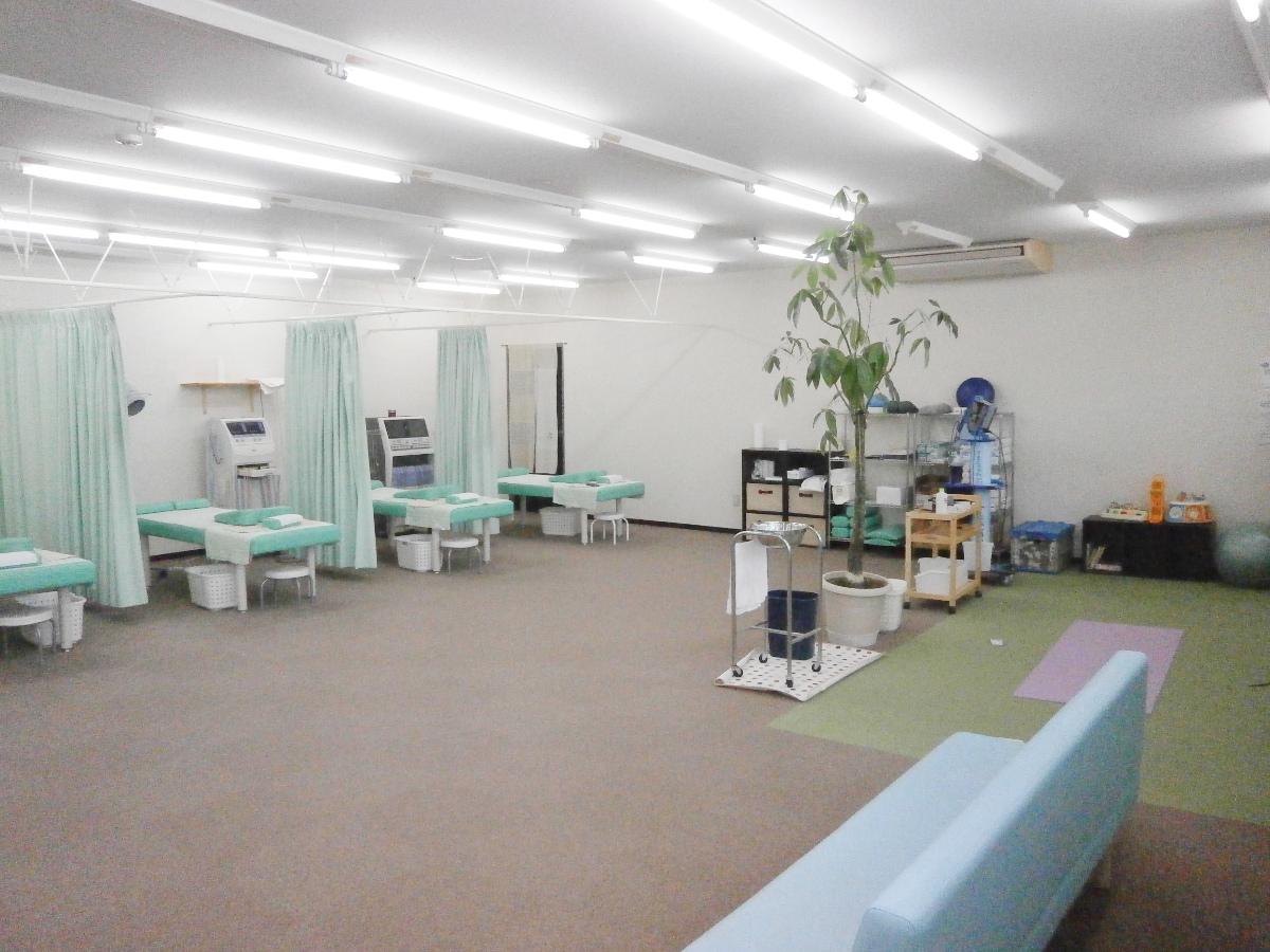おかむら接骨院 施術室