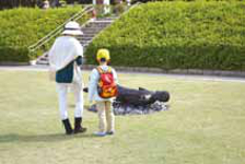 浜松城公園、芝生広場での展示